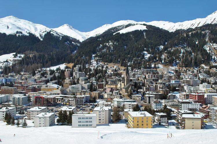 Verabreden Davos Announce