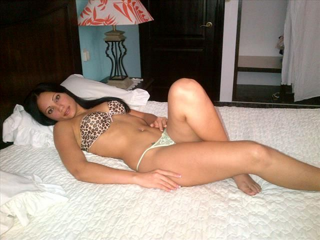Offenherzige Singlefrau Paulina möchte jetzt küssen