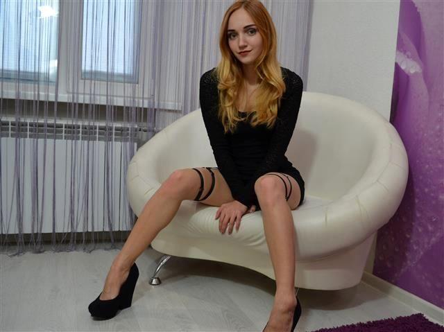 Intimrasierte MILF Vera möchte wieder Sex haben